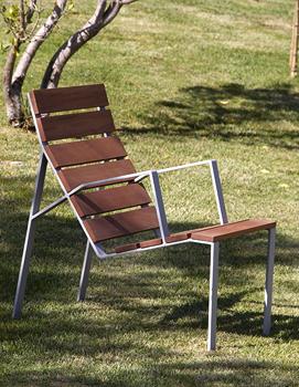 Harpo Longue Chair / Chaise Longue