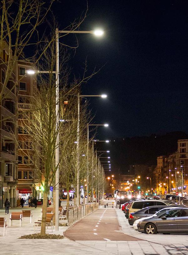 Proyectos avenida sabino arana bilbao espa a santa cole - Santa cole iluminacion ...